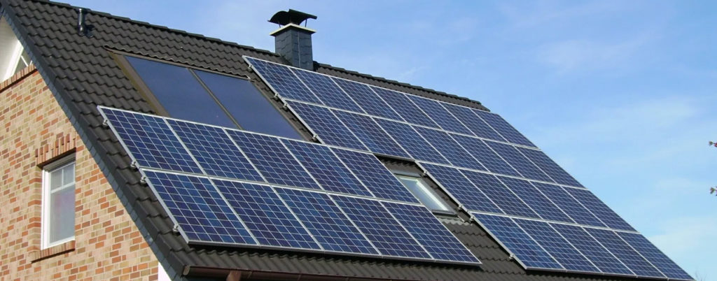 Solar Panels - Eco friendly, energy efficient homes and heating systems